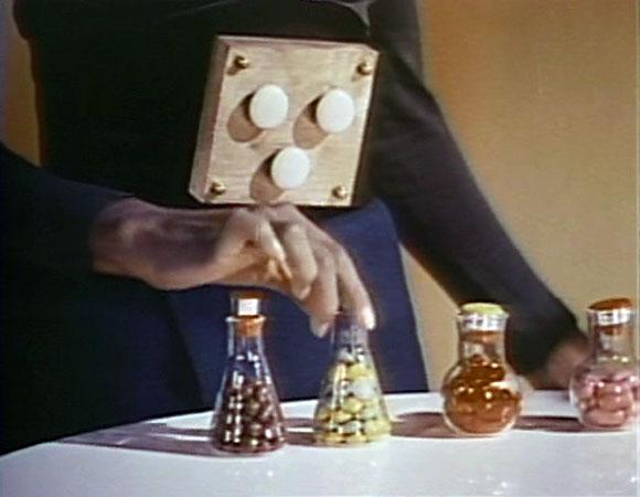 Santa Claus Conquers the Martians - Food Pills